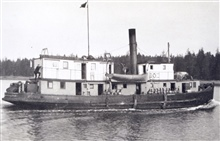Launch EQUATOR.Used for wiredrag work in Alaska in 1915.