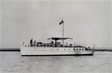 Launch ELSIE with house flag.In service 1919 - 1944.