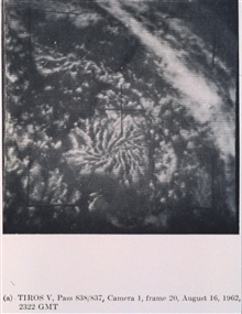 Actinoform, radial or semi-radial , cloud pattern over the tropical centralPacific near 17.5N, 155W.  Cloud pattern is roughly 200 miles in diameter.Picture of the Month, Monthly Weather Review, April 1965.TIROS V, Pass 838/837, Camera 1, Frame 20.