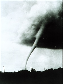 Tornado at Manhattan, Kansas