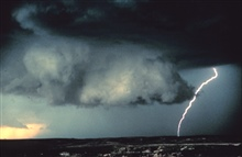 A storm chase on June 19, 1980.This picture appeared in National Geographic Magazine.