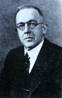 Dr. Willis Ray Gregg, 1880-1938.  Pioneer aviation weather forecaster, head ofthe Weather Bureau 1934-1938.