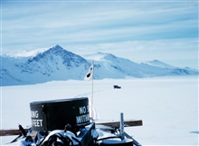 Tractor-train heading up Skelton GlacierMcMurdo Station to South Pole traverse